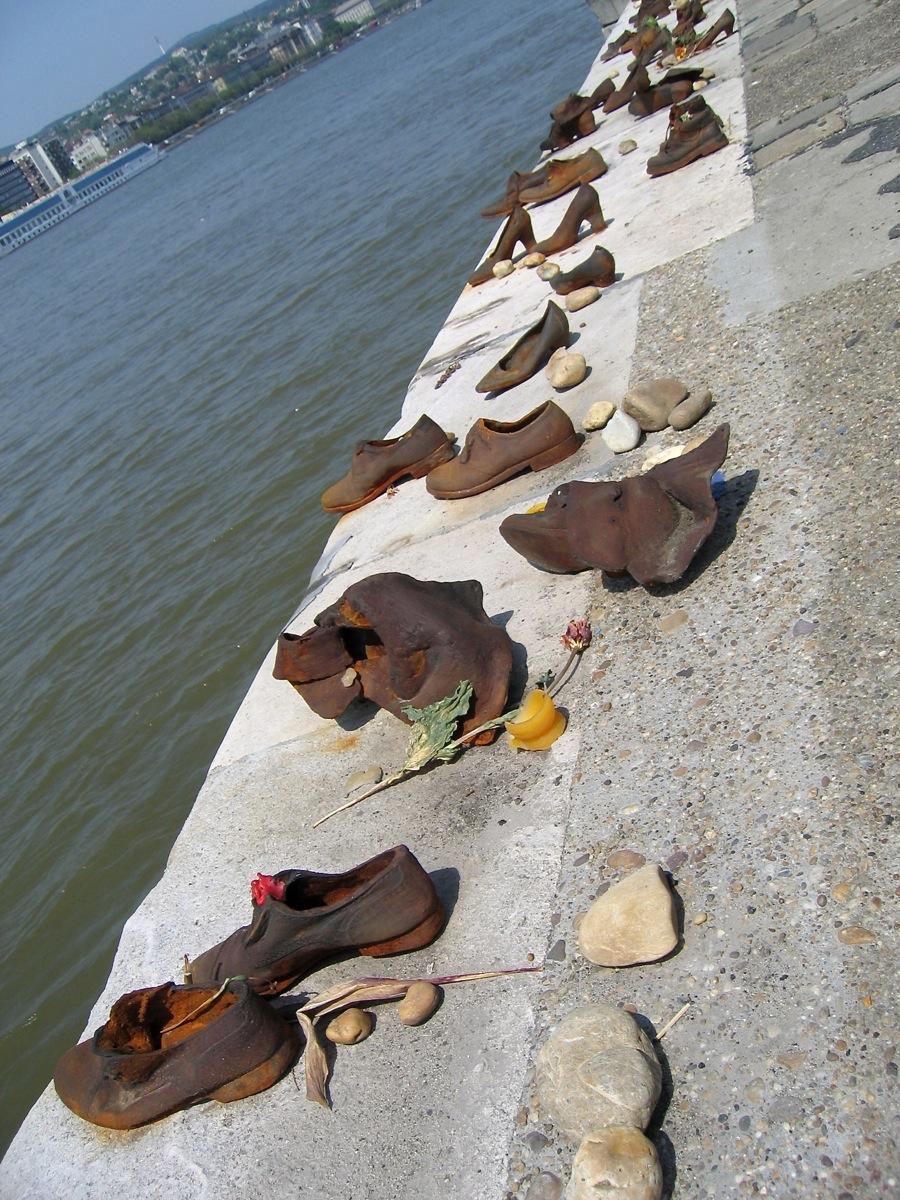 Walk along the Danube
